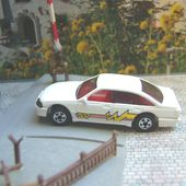 HOLDEN COMMODORE HOT WHEELS JANTES BW - car-collector.net