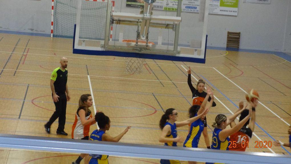 Victoire contre Moneteau 51-49