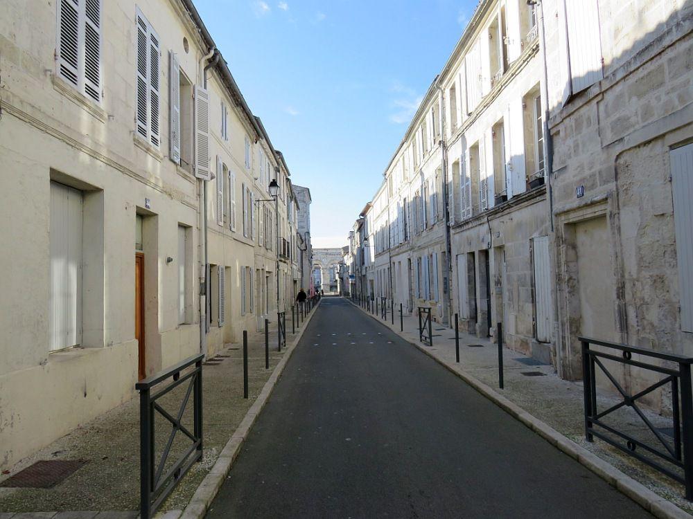 """SAINTES Ville touristique et """"Pays d'art et d'histoire"""""""