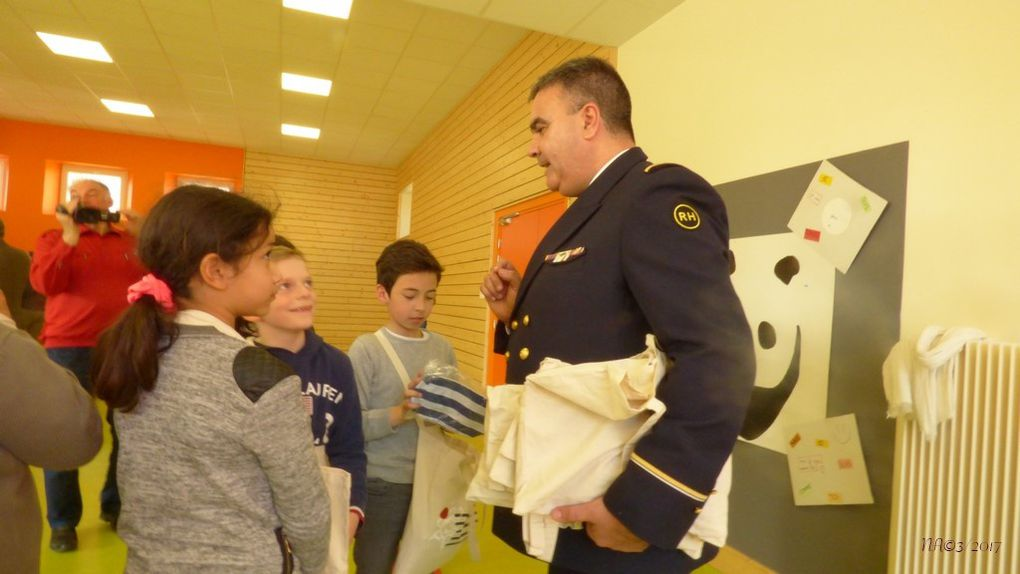 Diplômes Solidarité Défense pour les enfants de l'Ecole de Neuf-Brisach