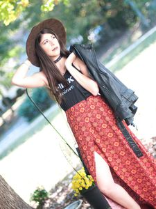 How to Wear Maxi Dresses and Maxi Skirts for Fall 2017