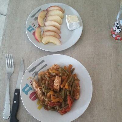Poulet haricots-poivron-tomate