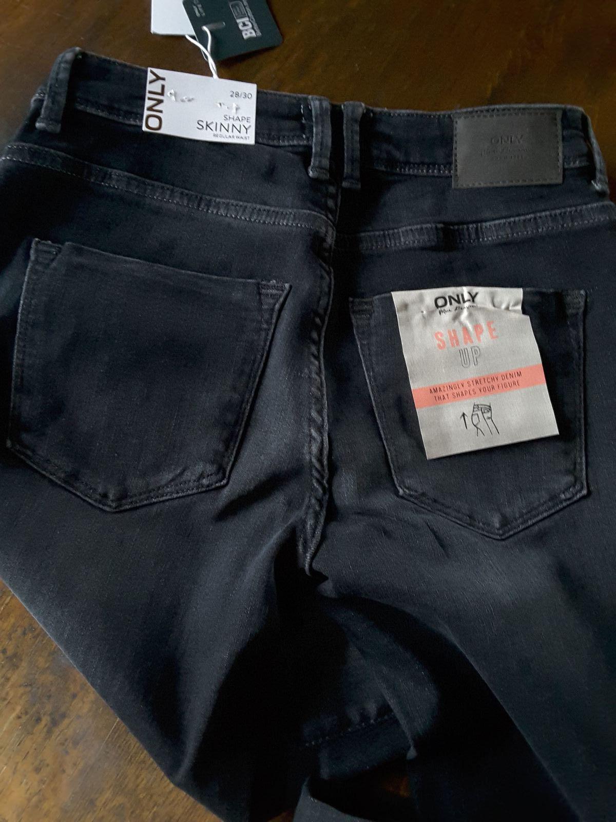 jean Onlshape Jeans Skinny black - Only lookiero missbonsplansdunet box vêtements styliste personal shopper