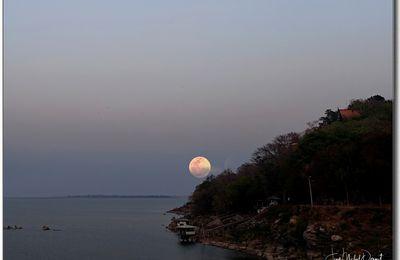 Sous la pleine lune... (thaïlande)