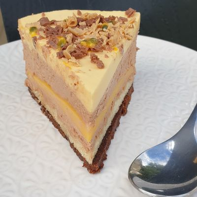 ENTREMET FRUIT DE LA PASSION-CHOCOLAT AU LAIT