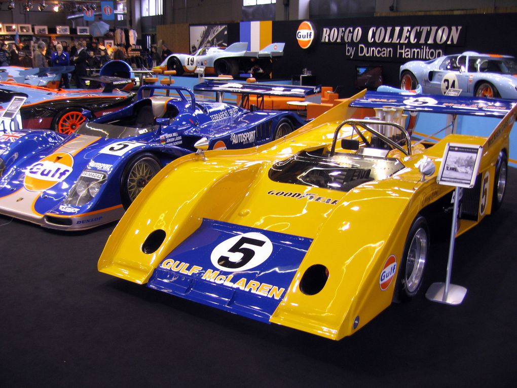 Salon-RETRO-MOBILE-2011 Exposition de motos et voitures anciennes et de collection à Paris porte de VERSAILLES