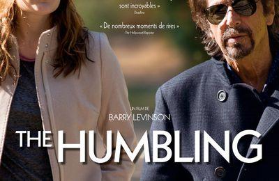 THE HUMBLING - le Film de Barry Levinson avec Al Pacino, Greta Gerwig, Dianne Wiest - Le 8 Avril au Cinéma