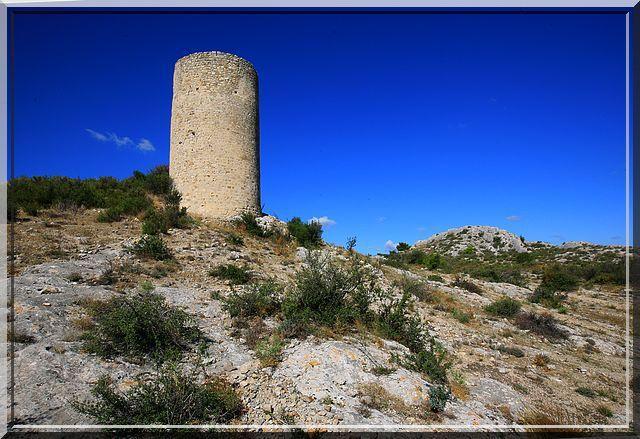 Diaporama castrum de Castillon - Paradou