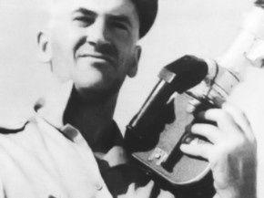 rfi - Disparition de René Vautier, cinéaste anticolonialiste français