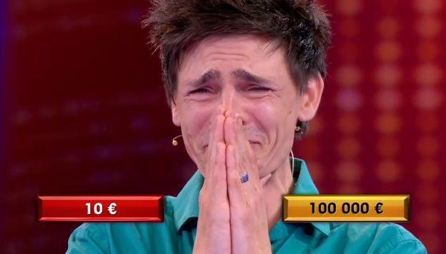 Un candidat remporte 100.000 euros lors du jeu A prendre ou à laisser (Vidéo).