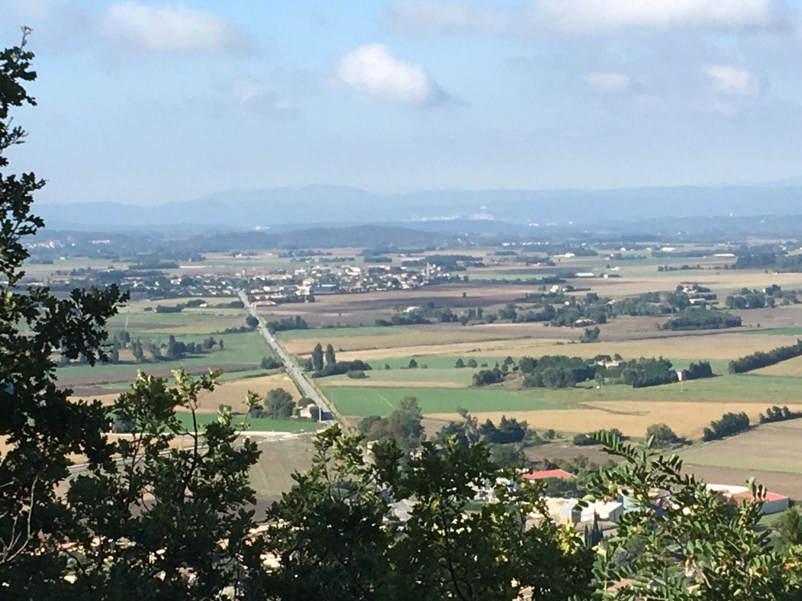 Plaine de Montélimar : la longue ligne droite, entre Puy Saint-Martin et Cléon d'Andran