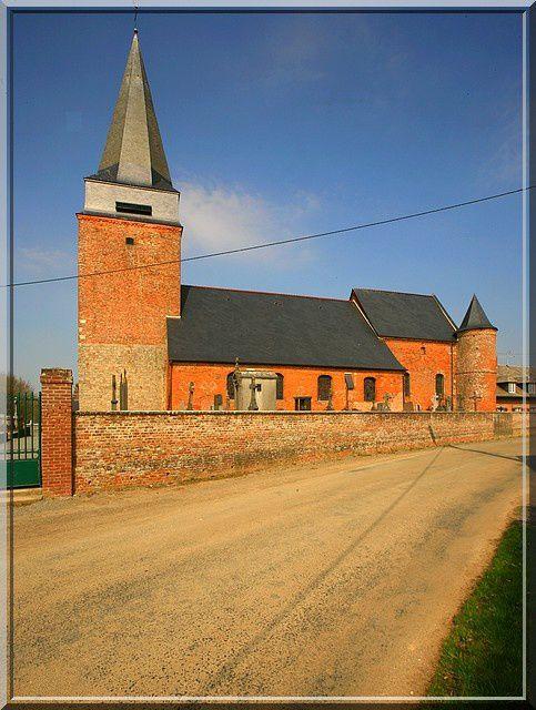 Diaporama église fortifiée de Lavaqueresse