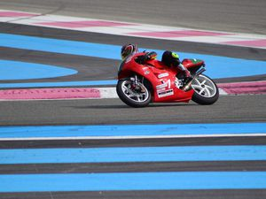 1 - Roger HEIERLI 250 GP Honda