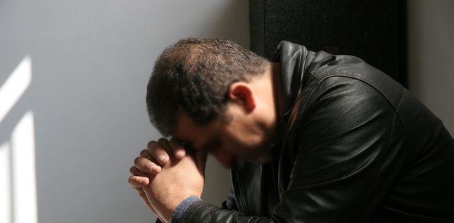 Chrétien algérien en prière