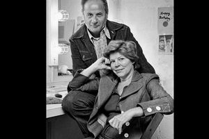 Anne Jackson, Stage Star With Her Husband, Eli Wallach, Dies at 90