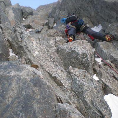 Les Droites : Pilier Messner