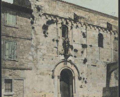 L'église Sainte Agathe il y a plus d'un siècle était assez délabrée