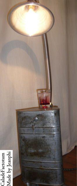 Lampe Jerrican Triangulaire - VENDUE !!
