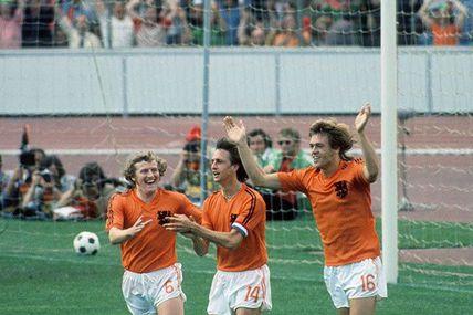 Coupe du Monde 1974 en Allemagne de l'ouest, Groupe 3: Pays-Bas - Uruguay