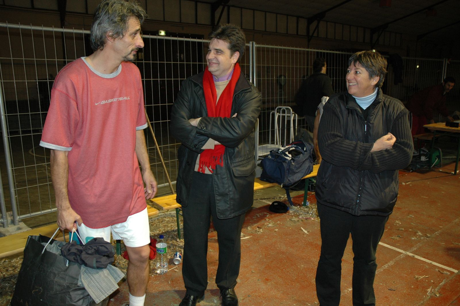 Freddy Hufnagel, Thierry Issartel, maire d'Orthez, et Sabine Lauga, adjointe au maire