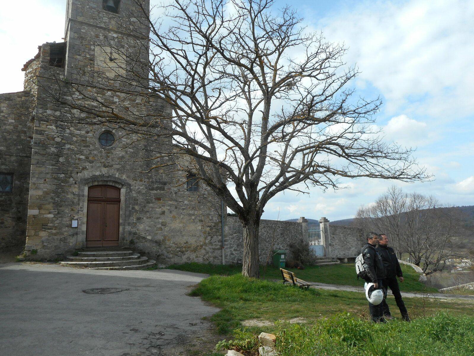 Revest des Brousses, Saint-Michel l'Observatoire, Les Mourres à Forcalquier en Harley Davidson