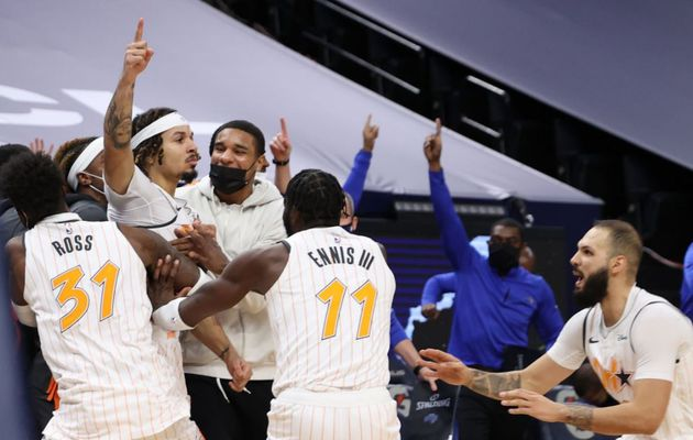 Le rookie Cole Anthony sauve le Magic d'Orlando sur un incroyable buzzer beater