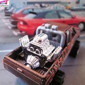 NISSAN TRUCK HARDBODY HOT WHEELS 1/64 PICK-UP GROS MOTEUR PLATEAU - car-collector.net
