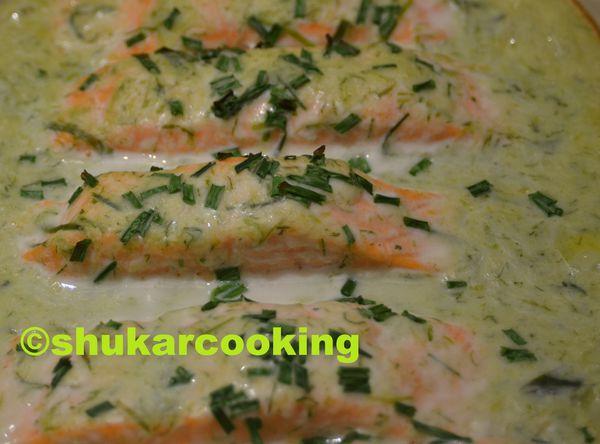 Pavés de saumon à la crème de fanes d'oignons