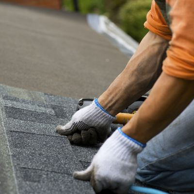 Hire the best roofing contractor: 3 tips you must follow!
