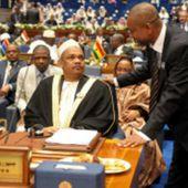 Comores : 25 candidats en lice - BBC Afrique
