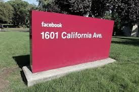 Facebook ne peut imposer dans ses CGU une clause abusive attributive de compétence d'un tribunal californien