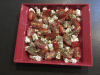 Crevettes, feta et tomates cerises au four