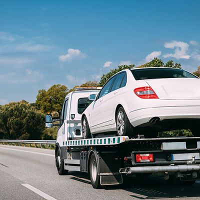 Safest and quickest towing service in Calgary