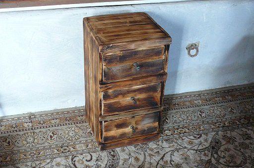 petit meuble en bois a 3 tiroirs