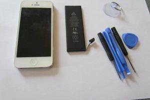 Je change moi-même la batterie de mon iPhone 5 !