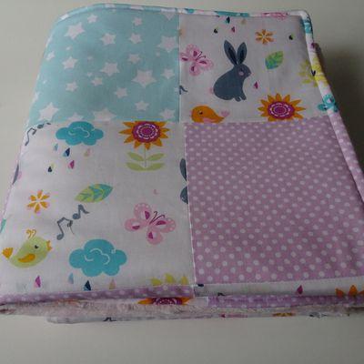 couverture épaisse rose pastel et vert menthe 83x83cm, doublé Minky tout doux