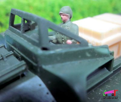 CAMION MILITAIRE GMC DUKW 353 AMPHIBIE 6X6 DINKY TOYS 1/55.