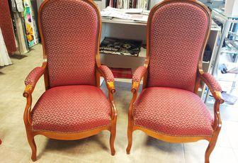 Réfection complète fauteuil Voltaire ARABESQUE Tapissier Thiers