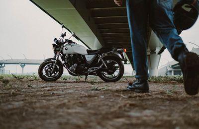 Et pour les pièces détachées de moto, comment ça se passe ?