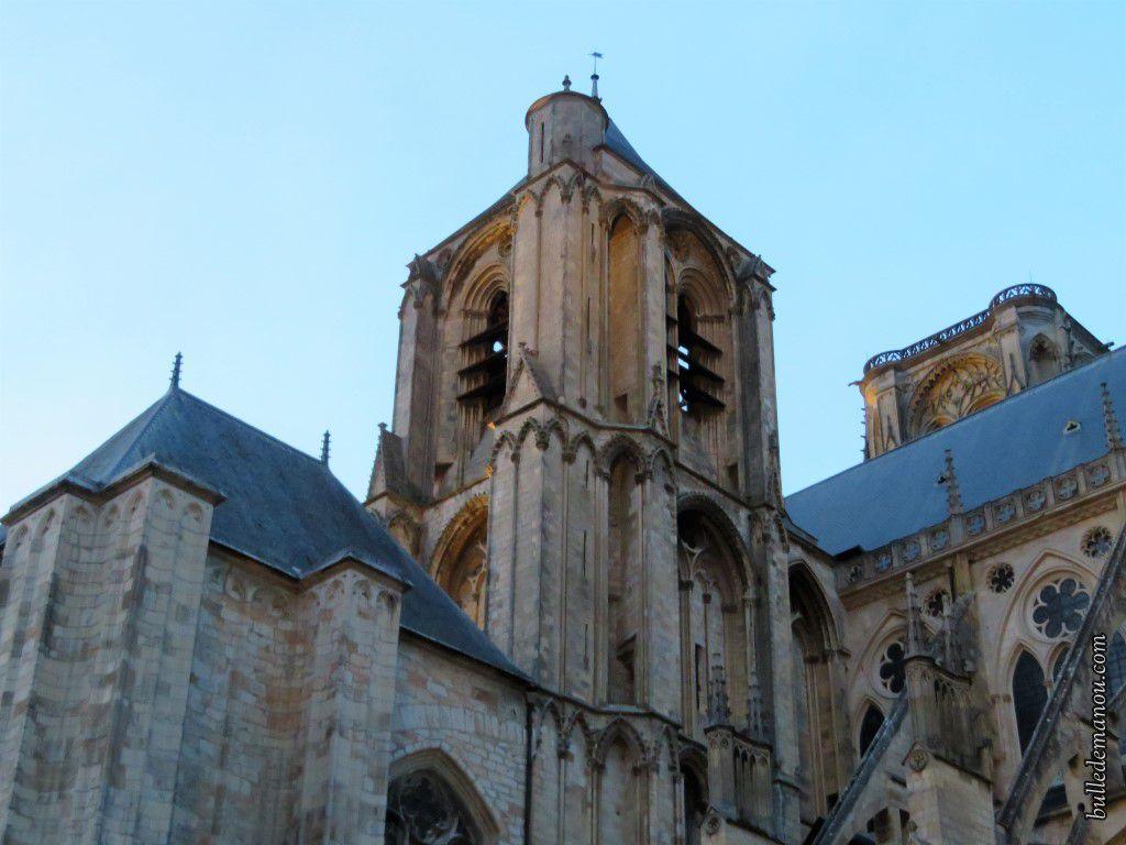 De côté, vu sur un des clochers