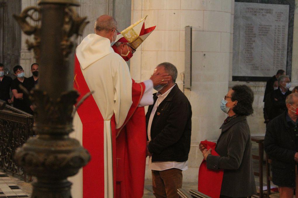 Dimanche 23 mai : Confirmation de jeunes et adultes du diocèse