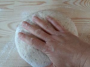 Pain de campagne aux graines de sésame
