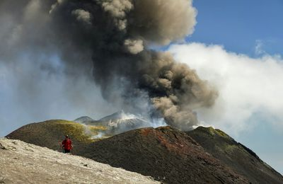 Etna activity, earthquakes in the Reykjanes Peninsula, and the awakening of Giantess Geyser
