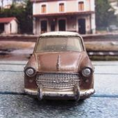 FIAT 1200 GRANDE VUE 1958 DINKY TOYS 1/43 - car-collector.net