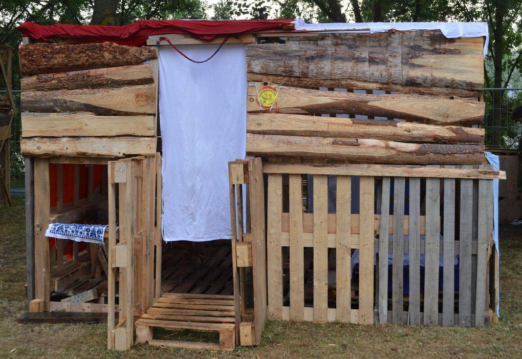 Auch dieses Jahr fiel die Hüttenübernachtung buchstäblich nach einem Gewitter ins Wasser. Hamburgergrillen und die Nachtwanderung konnten stattfinden..