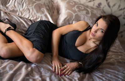 Model females of Pune independent escorts is a perfect source of sex