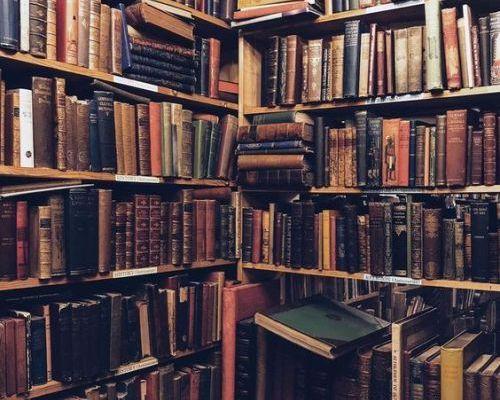 La bibliothèque des souvenirs heureux