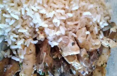 Poulet sauce moutarde et champignons de Paris
