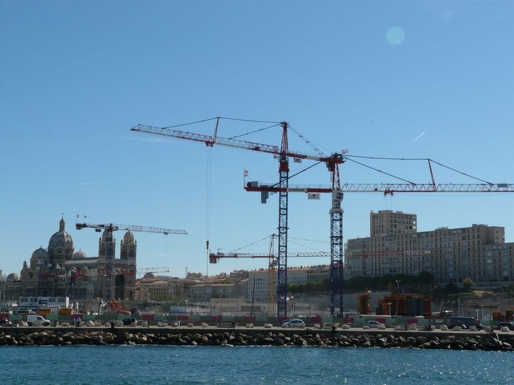 Entre calanques et villes de la région de Marseille, c'est l'accent chantant et la jambe leste que les randonneurs s'en sont allés ...