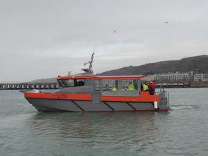 1ers essais en mer des vedettes de pompiers du terminal Dunkerque LNG